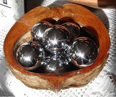 metal_balls_144615