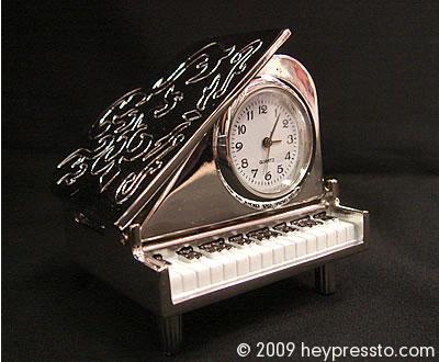 piano_clock2_14524c