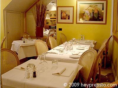 restaurant_interior5_1092bd