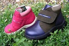 childrens-boots_1f11f1