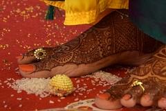 brides_foot_and_ball